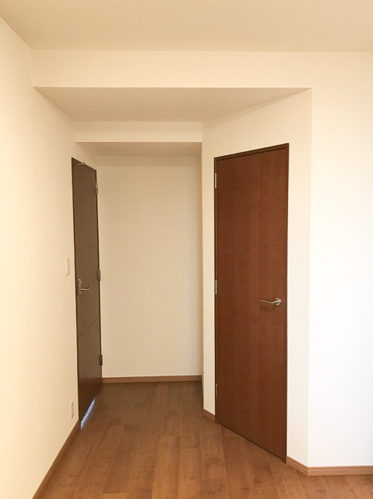 広い部屋に壁を作って二部屋へ